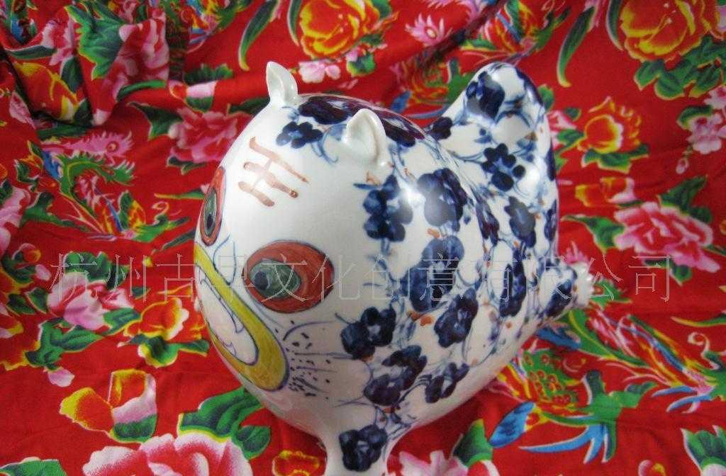 陶瓷布老虎-青花布老虎-玩偶摆件-可爱