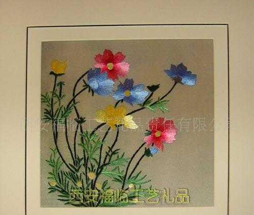 促销产品 纯手工刺绣 家居摆挂无画框绚丽多彩