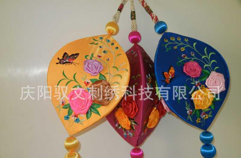 手工刺绣工艺品精品室内挂件开口笑   各种喜庆工艺品 旅游产品